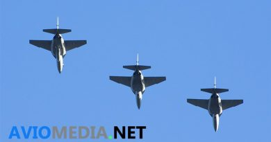 Leonardo consegna i primi due M-346 per la International Flight Training School