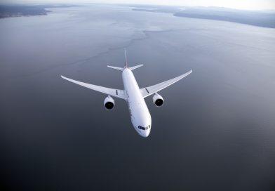 Emirates continua a rimborsare i propri clienti